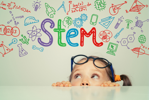 100 GREAT STEM CAMPS FOR KIDS